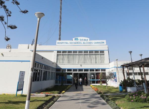 Essalud - En EsSalud Tacna destacan lucha contra la Covid-19 durante conmemoración de trigésimo aniversario del Hospital III Daniel Alcides Carrión