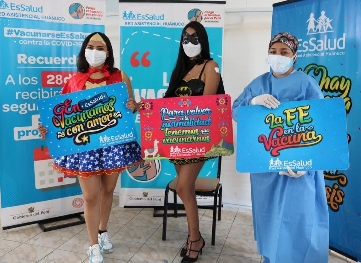 EsSalud Huánuco: jóvenes disfrazadas de superheroínas acuden a vacunatorio para recibir primera dosis contra Covid-19
