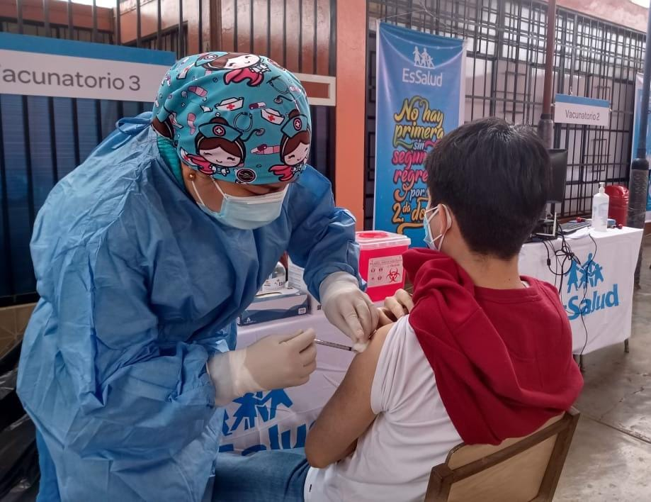 Essalud - EsSalud Lambayeque abrió tercer Vacunatorio para inmunizar contra la Covid-19