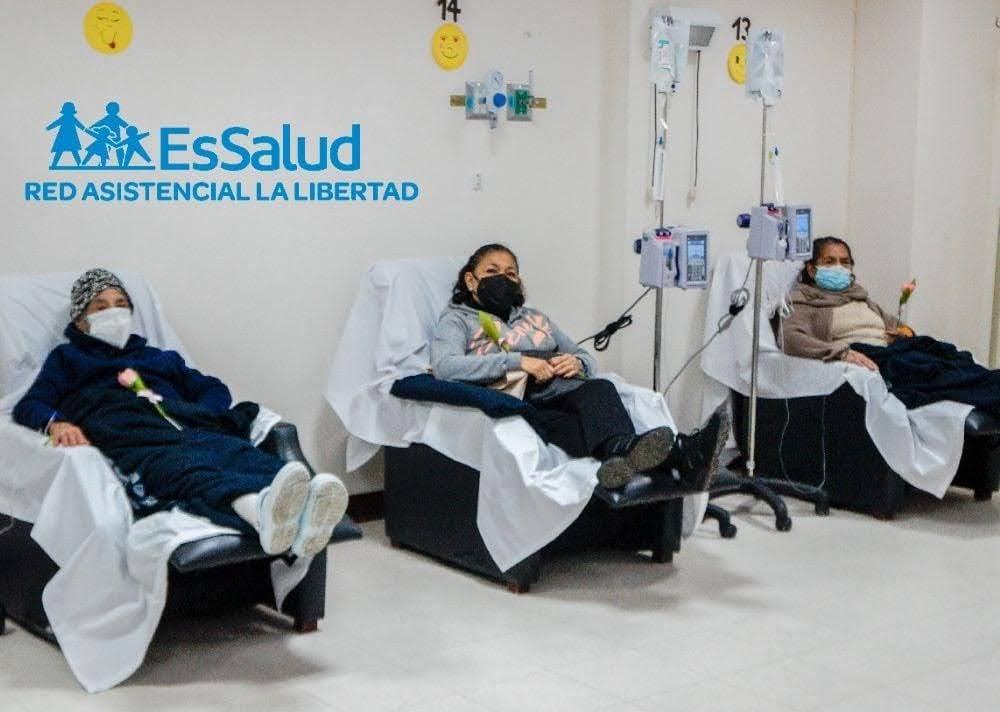 Essalud - EsSalud La Libertad atendió 10 mil pacientes oncológicos en pandemia