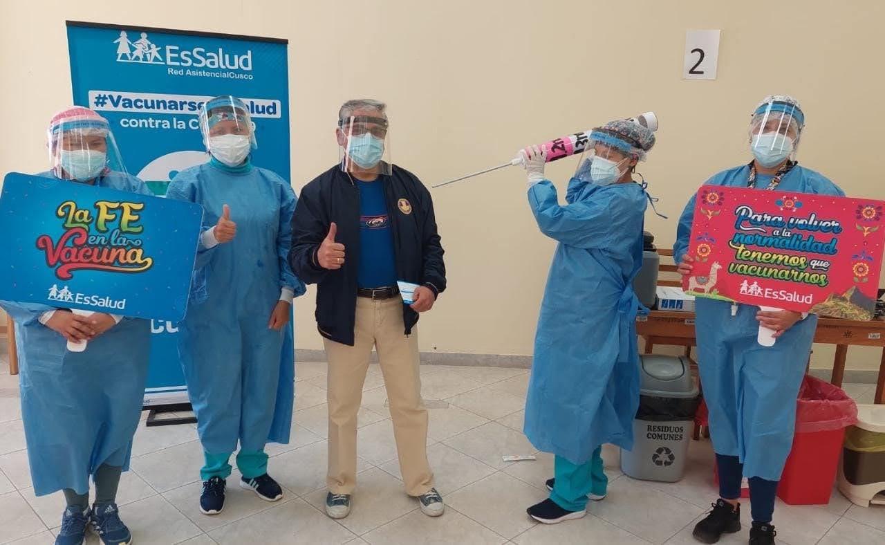 EsSalud Cusco inició vacunación de tercera dosis contra Covid-19
